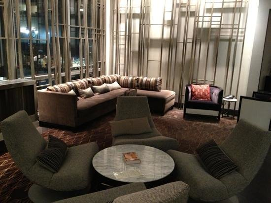 Hyatt 48 Lex: lexicon lounge
