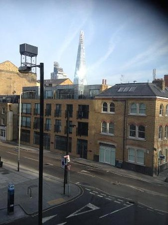 The Bermondsey Square Hotel: The view from the room at the hotel