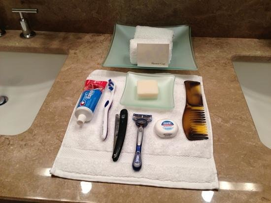 Four Seasons Hotel Silicon Valley at East Palo Alto: attention to detail from housekeeping