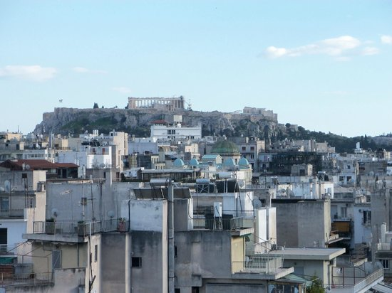 Novotel Athenes: Hotel roof view to Parthenon