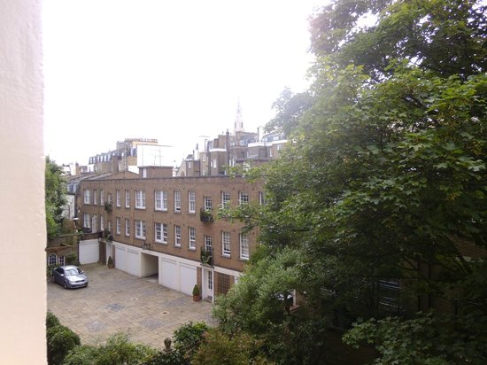B&B Belgravia : outside the window