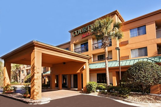 Courtyard by Marriott Tampa North / I-75 Fletcher