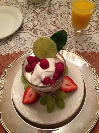 Antebellum Guest House : Last days raspberry lime cream concoction. yum