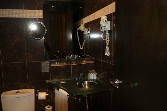Hotel Constanza Barcelona: bathroom