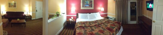 The Alabama Hotel: Spacious Suites