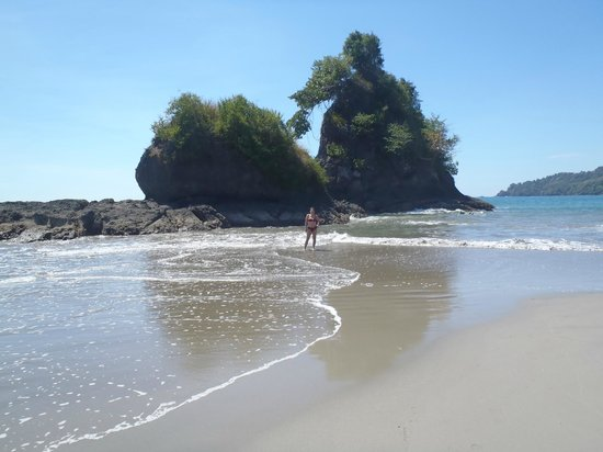 Byblos Resort & Casino: Manuel Antonio beach