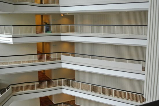 Hilton Atlanta: more interior
