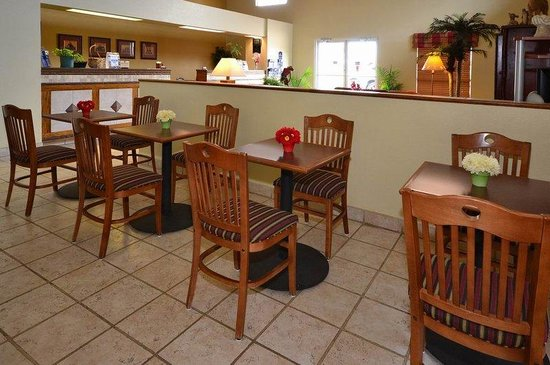 Hallettsville, Teksas: Breakfast Area