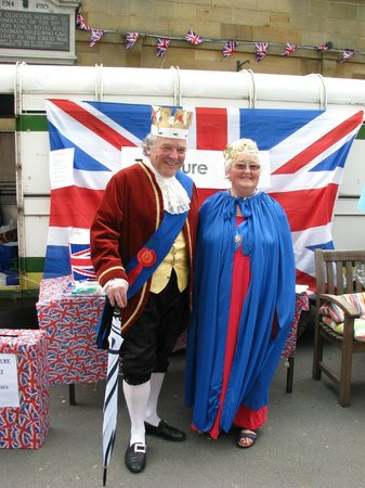 Helmsley, UK: The Jubilee King &amp; Queen