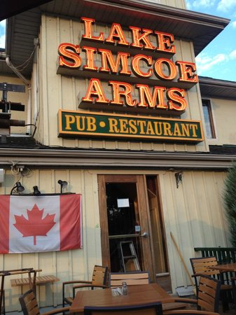 Jackson's Point, Canada: Lake Simcoe Arms