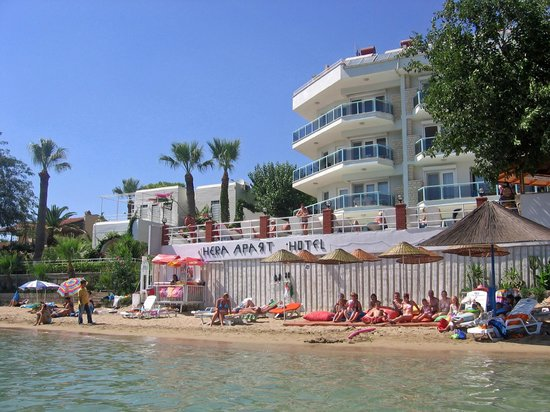 Hera Apart Hotel