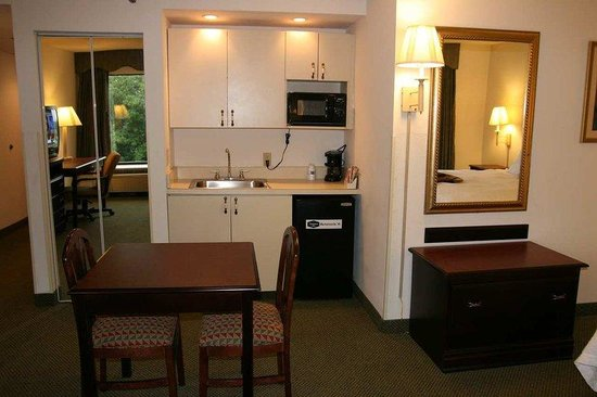 Mechanicsville, VA: King Room with Whirlpool