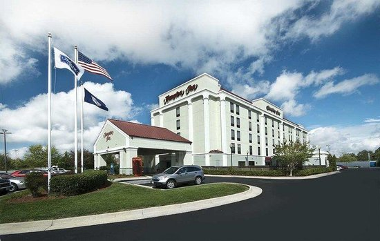 Hampton Inn Christiansburg/Blacksburg: Exterior of Hampton Inn Hotel