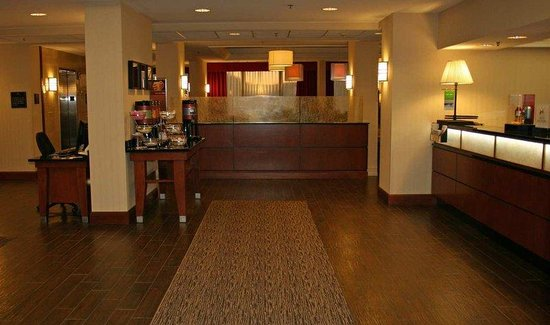 Valley Park, MO: Lobby