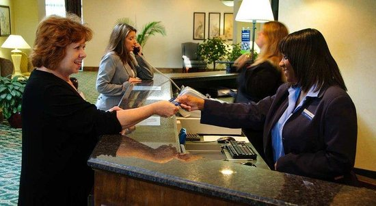Kinston,  : Front Desk Check-In
