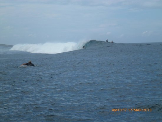 Korovisilou, Fiji: Locked in at Pipes