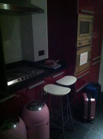 4 Star Hostel: cuisine