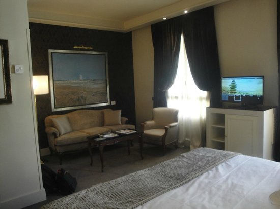 Wellington Hotel: Room