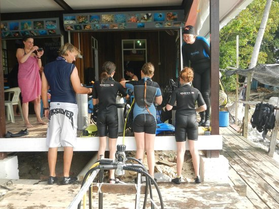 Turtle Bay Divers Pulau Perhentian Turtle Bay Divers Dive Master