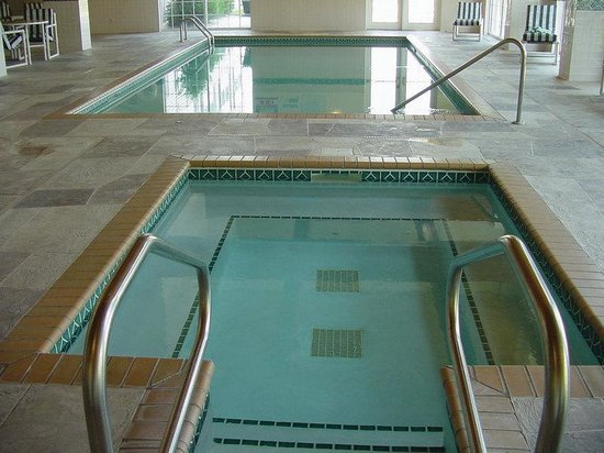 Country Inn &amp; Suites St. Cloud West: Indoor Pool