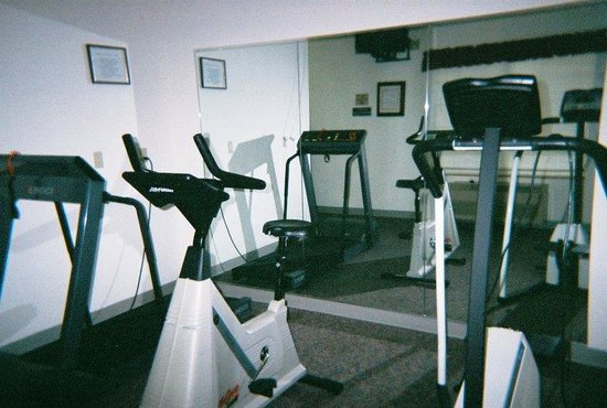 Country Inn &amp; Suites St. Cloud West: Fitness Room