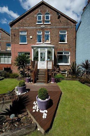 Eccles, UK: Front Of B&B