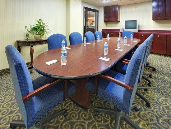 Holiday Inn Express Southaven: Meeting Room