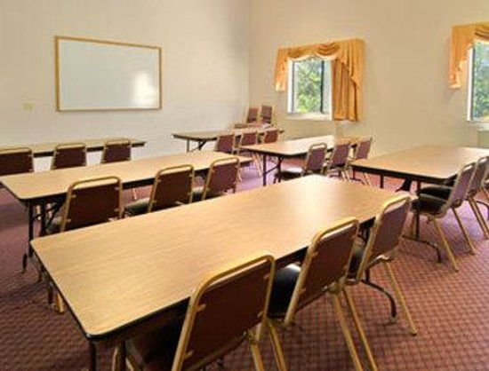 Super 8 Ashland: Meeting Room