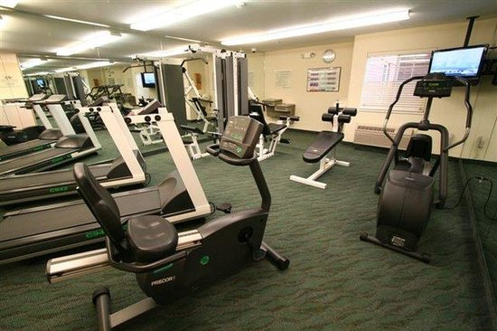 Candlewood Suites Louisville Airport : Gym