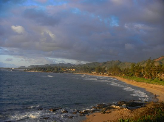 Wailua Bay View Condominiums: Perfect walking beach, Wailua Bay