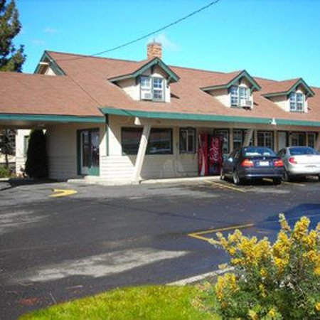 Cle Elum Travelers Inn: Exterior View