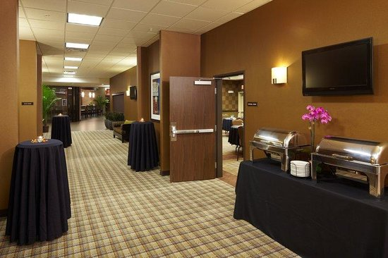 BEST WESTERN PREMIER Old Town Center: Pre-function Hallway