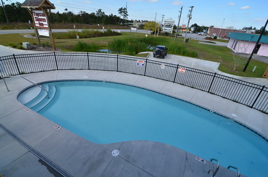 Sneads Ferry, NC: Outdoor pool from above