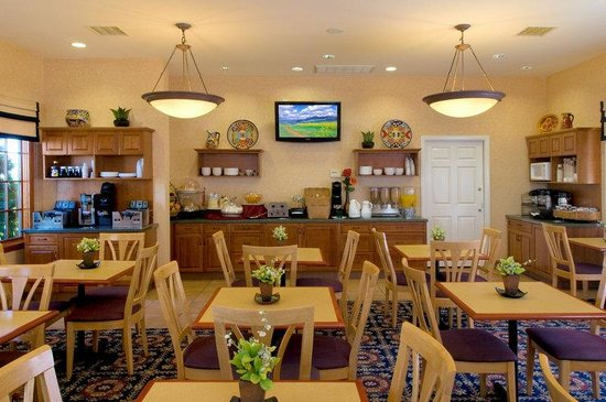 Old Town Inn: BreakfastRoom