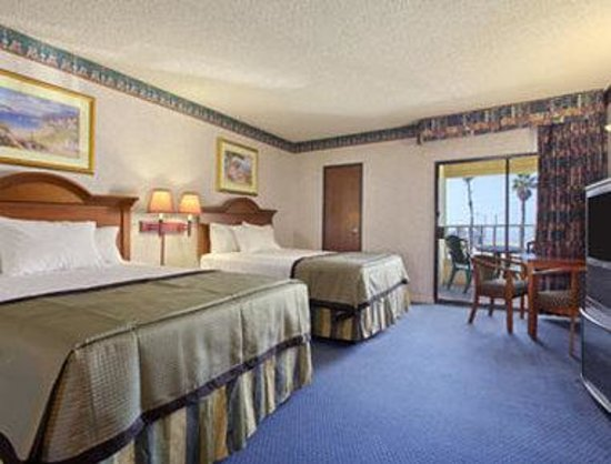 Sunset Beach, Californie : Standard Two Queen Bed Room 2