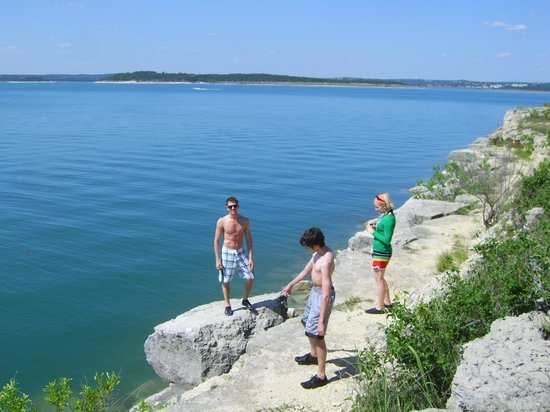 Canyon lake new braunfels tx address phone number for Places to fish near me for free