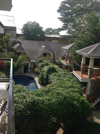 Keni Po: view from Room I