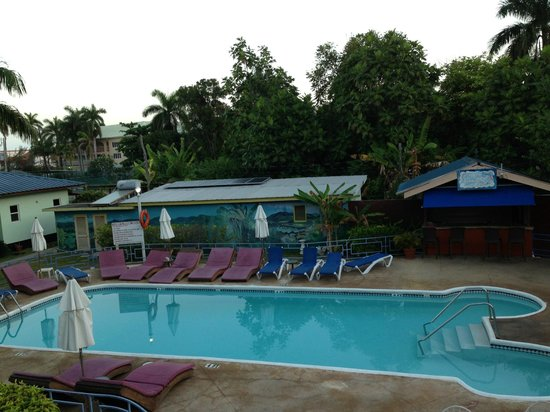 Toby's Resort : One of the two pools