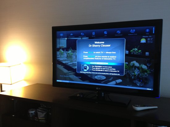 Hyatt Regency Atlanta: Frienly TV!