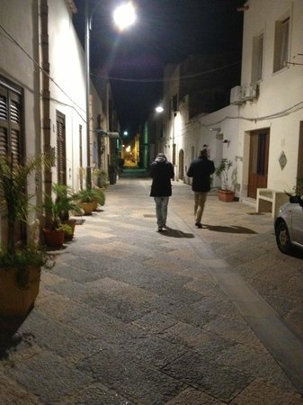 Sun Garden Hotel: One of the streets San Vito lo Capo
