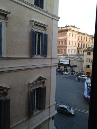 Barocco Hotel: room 32 window view