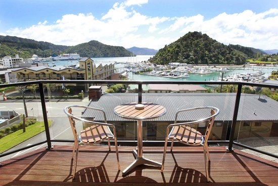 Harbour View Motel Picton: View from second floor balcony