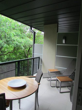 Outrigger Little Hastings Street Resort & Spa Noosa: Balcony