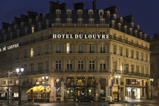 Hotel du Louvre: Exterior
