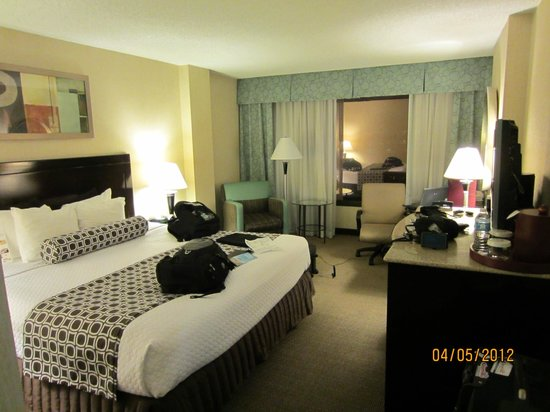 Crowne Plaza Hotel Denver: Apartamento Duplo Casal
