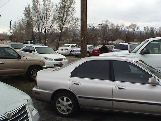 American Fork, UT: Looking toward the overflow parking next door