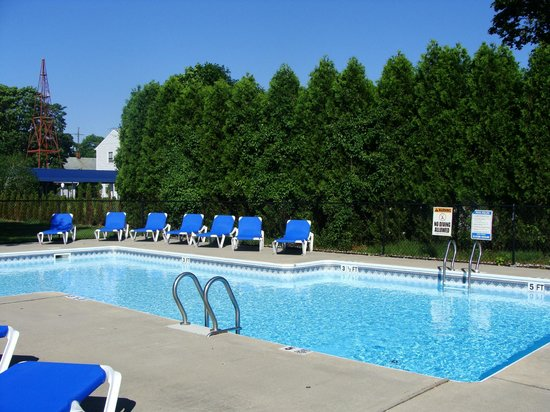 East Marion, État de New York : pool