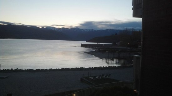 Campbell's Resort on Lake Chelan: Beautiful end of the lake!