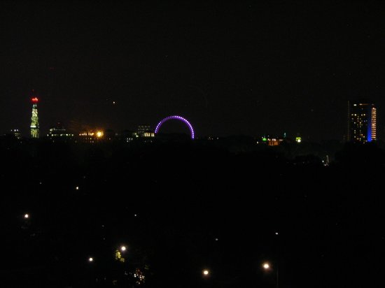 Lancaster London: Vista do 9o andar durante a noite