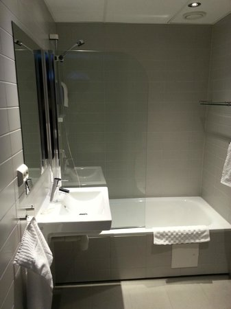 Svalbard Hotell: Bathroom